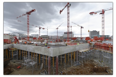 chantier-en-contrusction-avec-grues